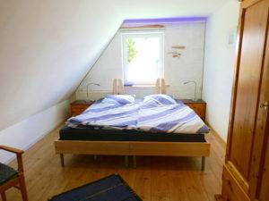 Schlafzimmer (trennbares Doppelbett) im OG